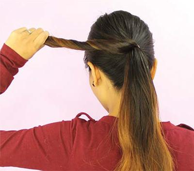 Infinity Bun hairstyle tutorial setp 3