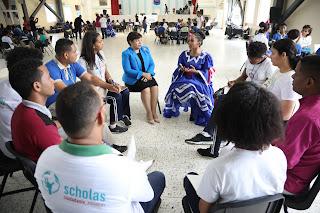 120 jóvenes de 13 centros educativos del país se forman en liderazgo con el auspicio del Despacho de la Primera Dama