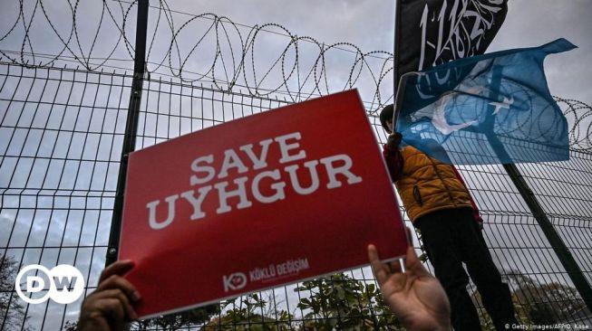 Facebook: Peretas China Intai Muslim Uighur di Luar Negeri
