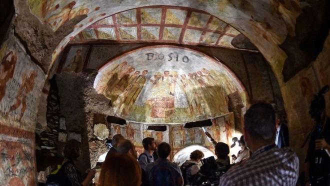 Catacombes de Domitilla à Rome: de nouvelles technologies révèlent art et grafitti