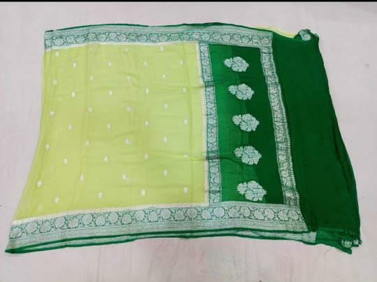 Banarasee Pure Khaddi Chiffon Silk Saree With Silver Zari