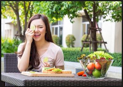 kembali lagi dengan kami dalam kesempatan kali ini kami akan membahas artikel perihal kes Makanan dan Minuman untuk Menjaga Kesehatan Kulit Tubuh Serta Wajah