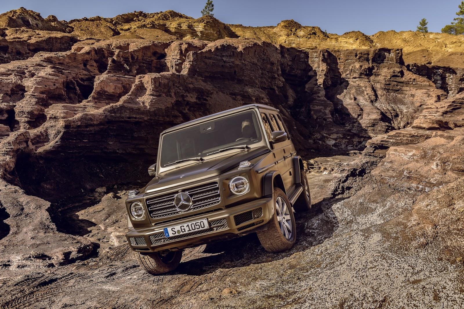 2019-Mercedes-Benz-G-Class-023.jpg