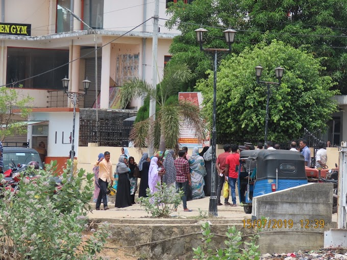 ஆசுப்பத்திரியில் நடந்த அடிபிடி!! வீடியோ எடுத்த ஊடகவியலாளருக்கு நடந்த கதி!! (Video)