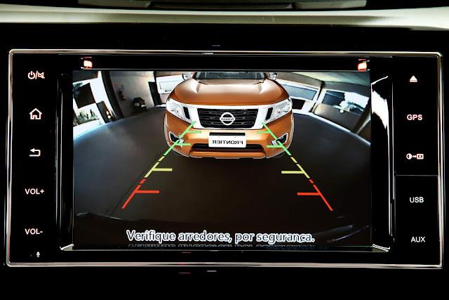 Nova Nissan Frontier 2018 - sistema Multi-APP - câmera de ré
