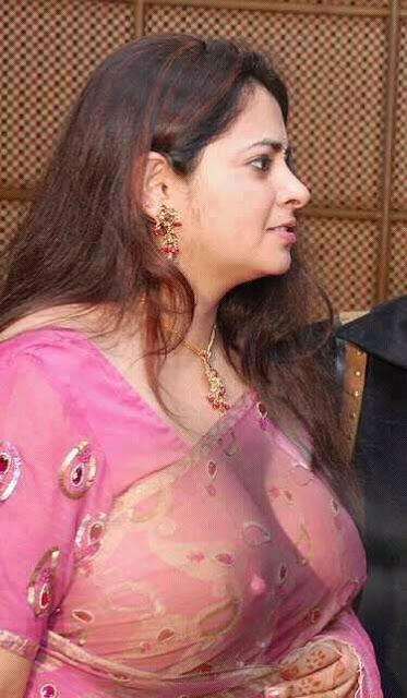 Vidhaya Balan Sexy Images