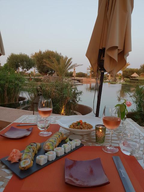 Marrakech, resort Fairmont Royal Palm. Cena al tramonto