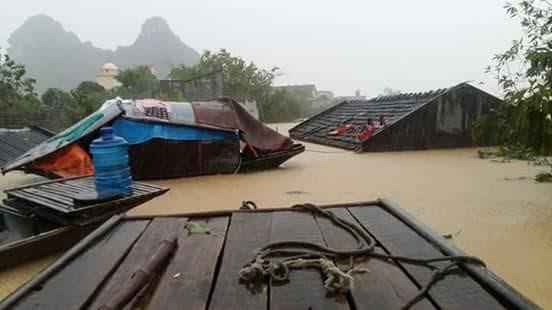 Toàn cảnh lũ lụt tại Ninh Bình và hoạt động cứu trợ tại Thanh Hoá - Ảnh minh hoạ 7