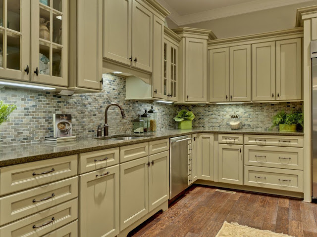 What to Look For In a Custom Kitchen Cabinet