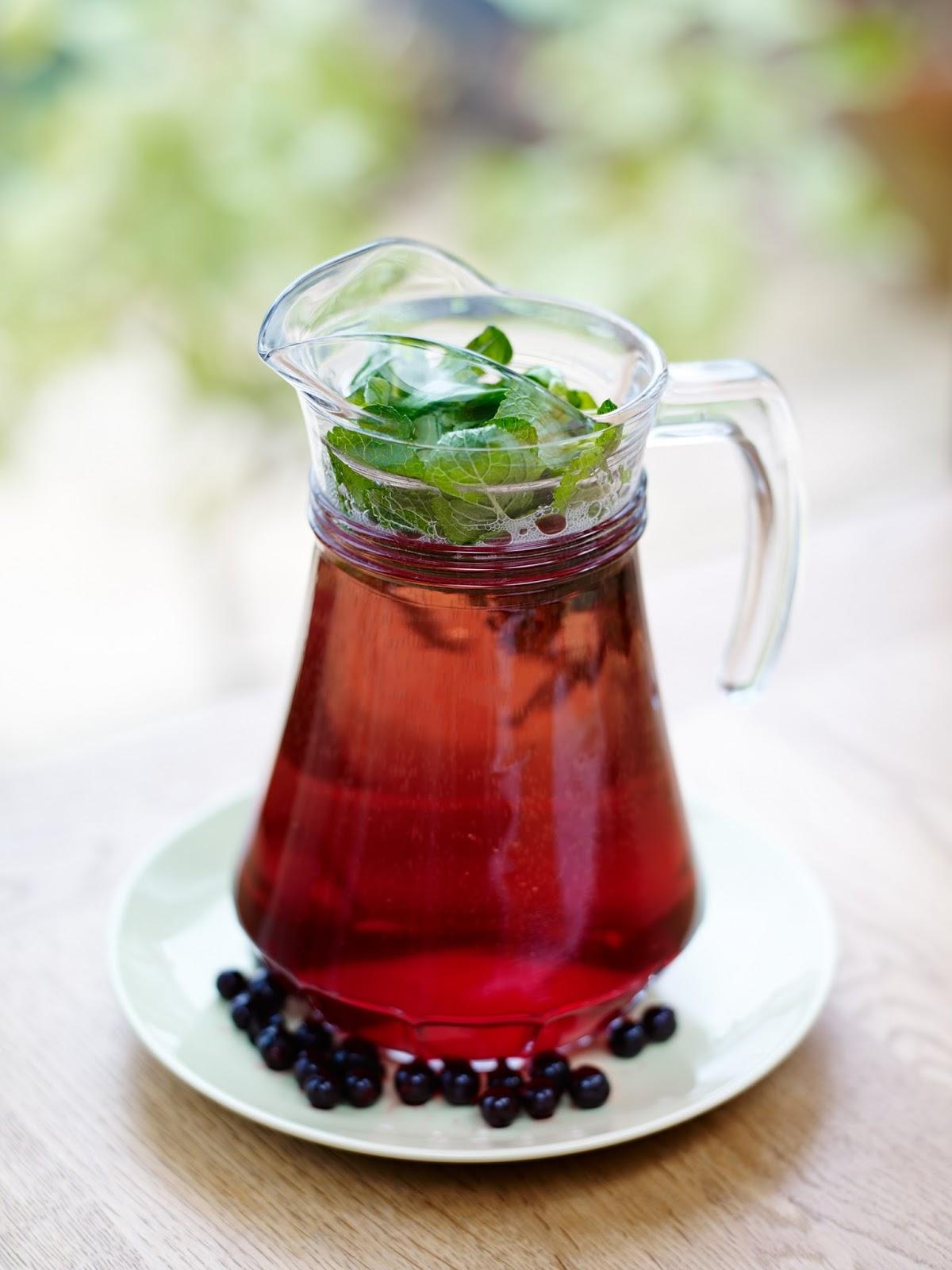 Joe's Wadsack's Blackcurrant Refresher: Prosecco Ideas