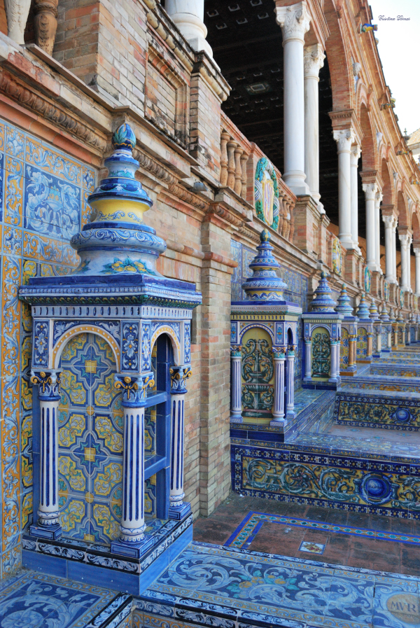 instagram worthy spots places spain instagrammable seville plaza españa