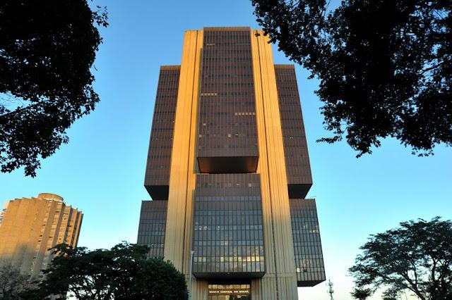 Câmara aprova urgência para votação da autonomia do Banco Central