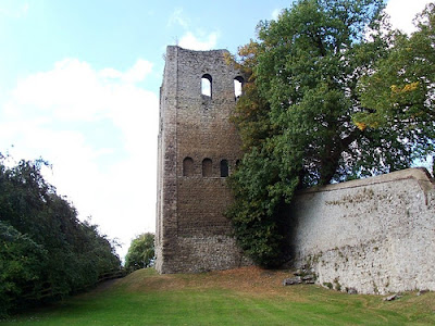St Leonard's Tower, West Malling - photo Thomas Beilby (Wikimedia Commons)