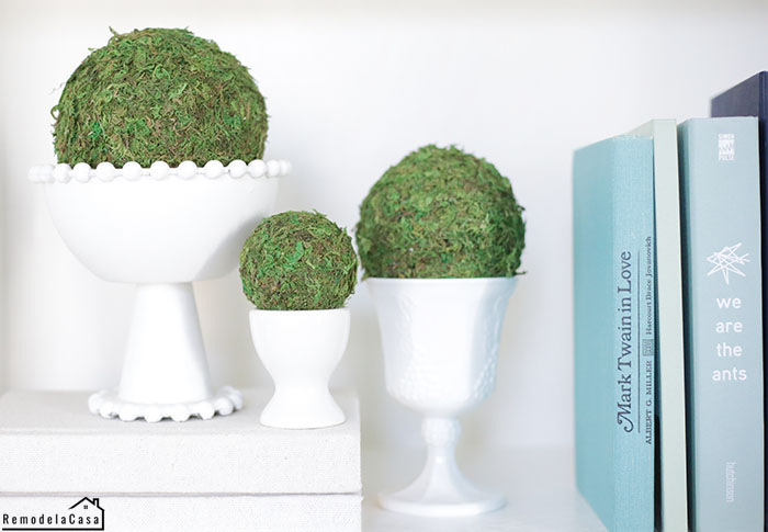 diy moss balls on vases - shelf decor