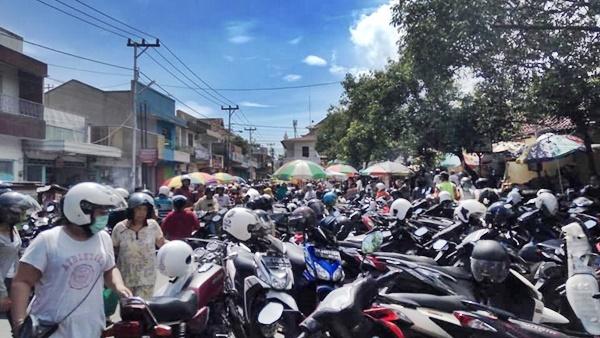 Pembatasan Buka Toko / Warung di Buleleng Tidak ada Manfaat