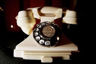 telefone feito baquelite