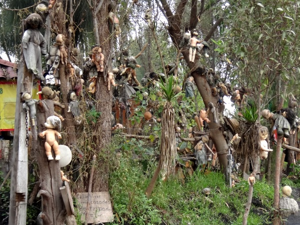 Pulau Boneka Di Meksiko