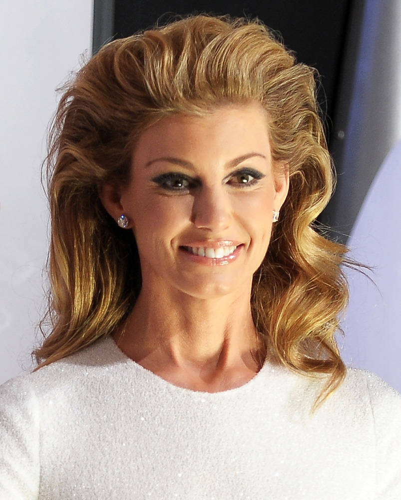 faith hill hair styles faith hill hairstyles hair styles collection 9853 | Faith Hill 2011 CMA Awards