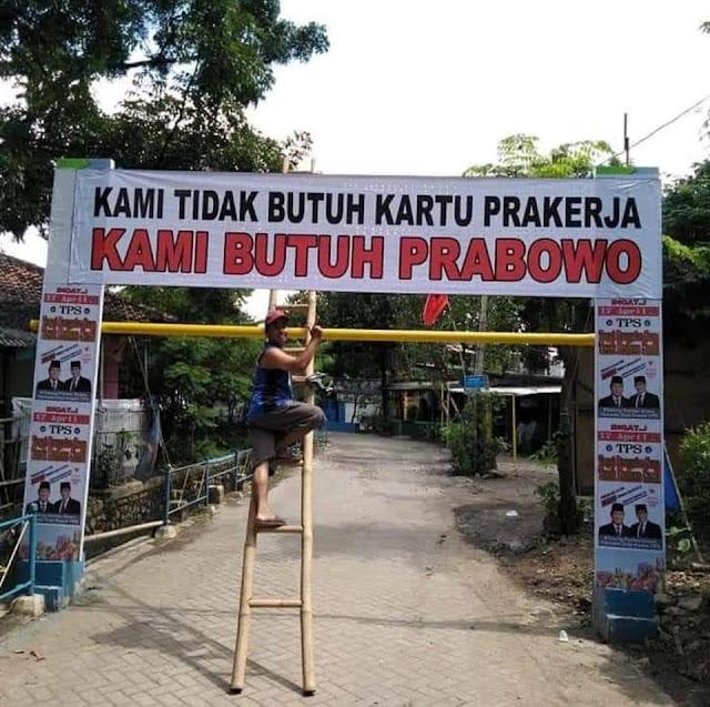 """""""Kami Tidak Butuh Kartu Prakerja, Kami Butuh Prabowo!"""""""