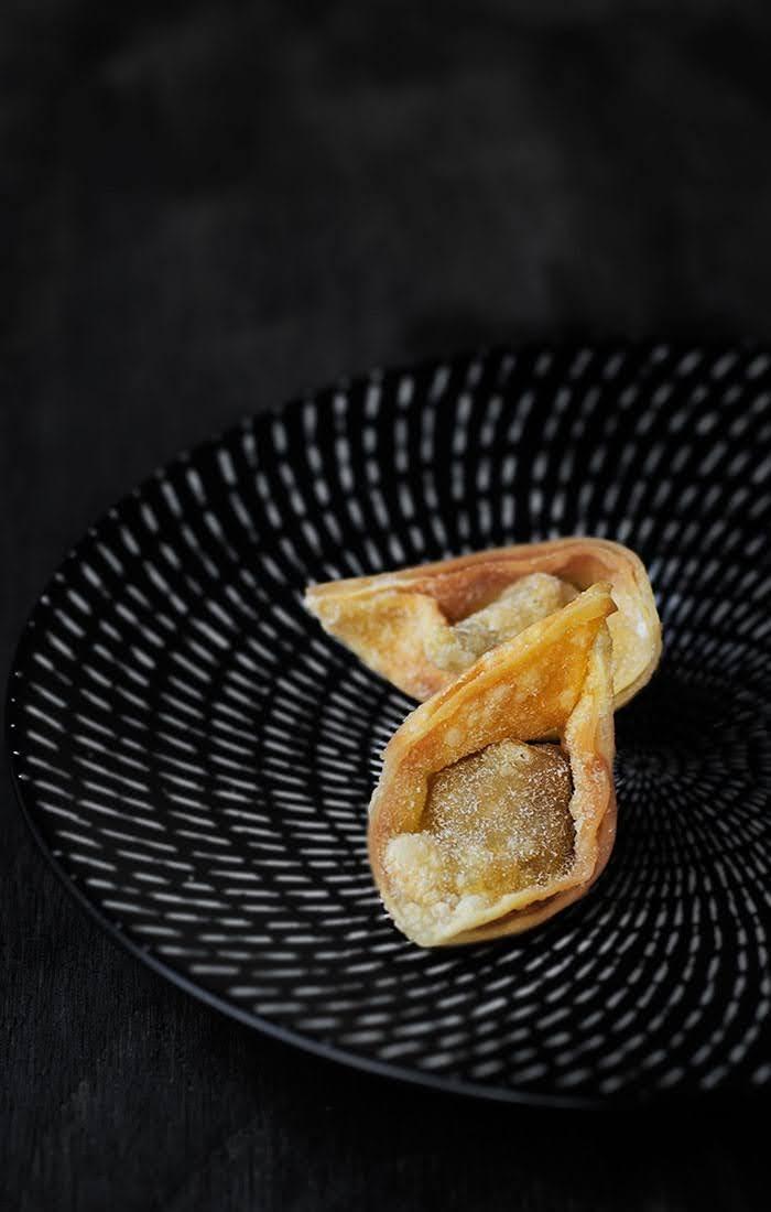 Golden crisp deep fried wonton