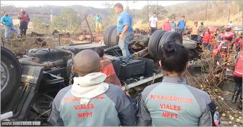 Terrible accidente por malas condiciones de la vía en Tazón dejó tres ciudadanos fallecidos
