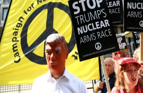 Stop Trump's Nuclear Arms Race!