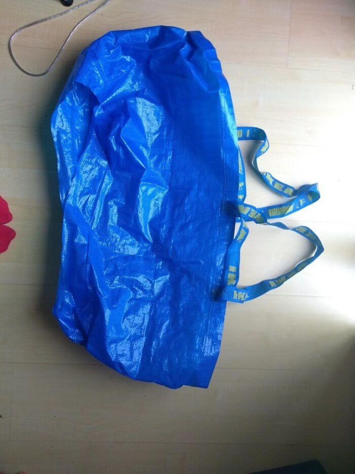 Bride-To-Be Invented An Epic IKEA Bag Hack To Protect Her Wedding Dress While Peeing
