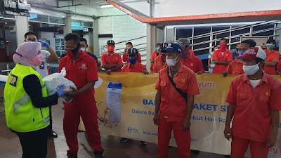 Jelang Idul Fitri 1442 H, PT. ASDP Salurkan Ribuan Sembako di 7 Pelabuhan Utama