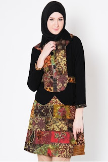 Contoh Baju Batik Wanita Muslimah