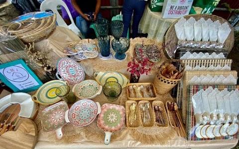 Snapshots of a Bazaar in the New Normal