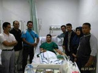 Ketua dan Pengurus GEMA Minang Kota Batam Jenguk, Warga Minang Yang Menjadi Korban Begal