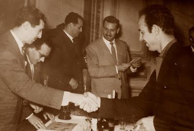 Rosendo Barberá, recogiendo su premio