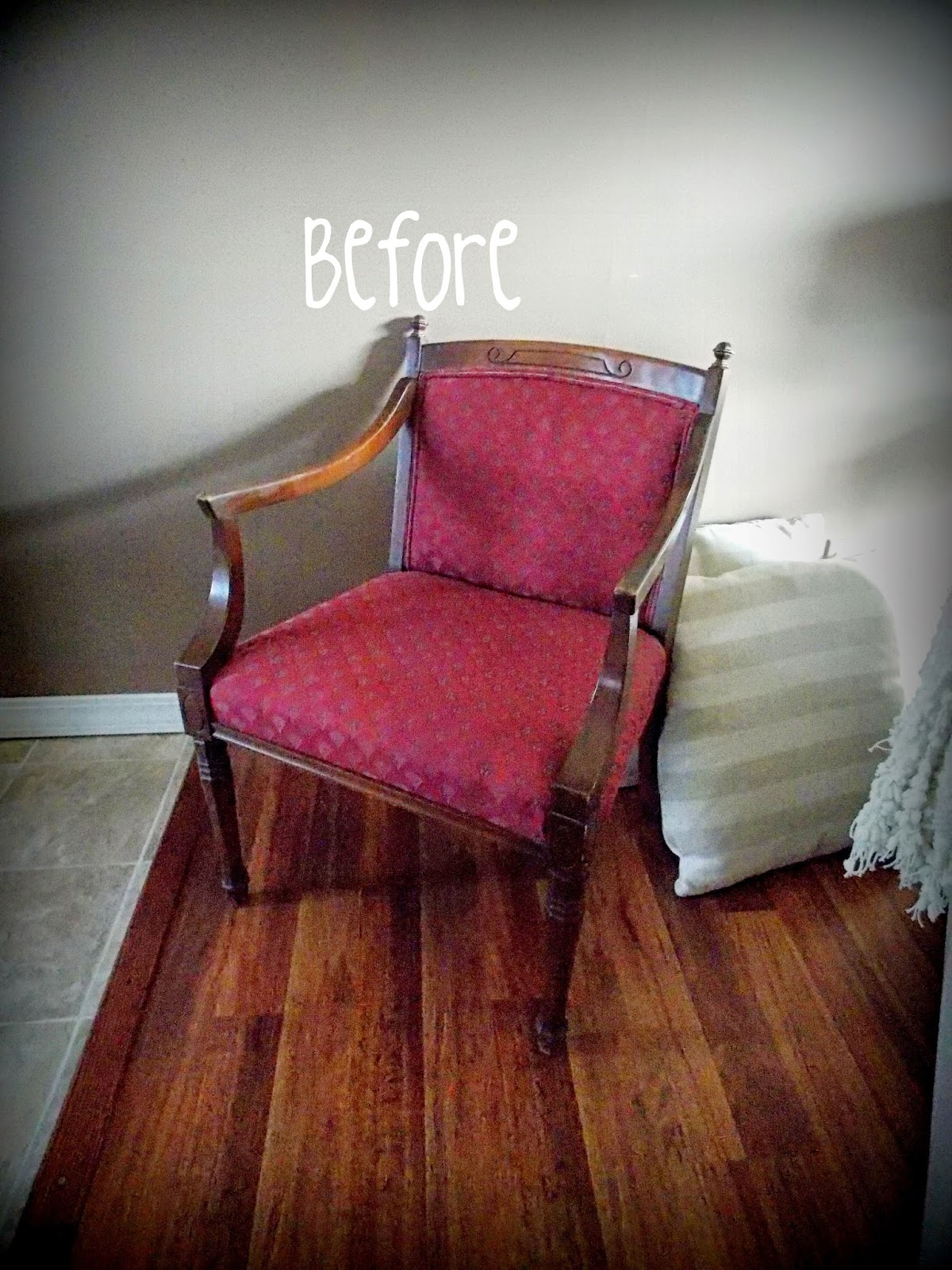 My Ugly Split Level Entryway: My Ugly Split-level: DIY Recovered Chair