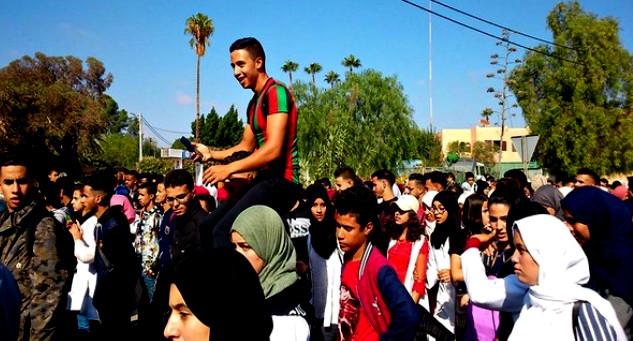 تارودانت24 - تلاميذ المؤسسات التعليمية بتارودانت يقاطعون الدراسة احتجاجا على التوقيت المدرسي الجديد