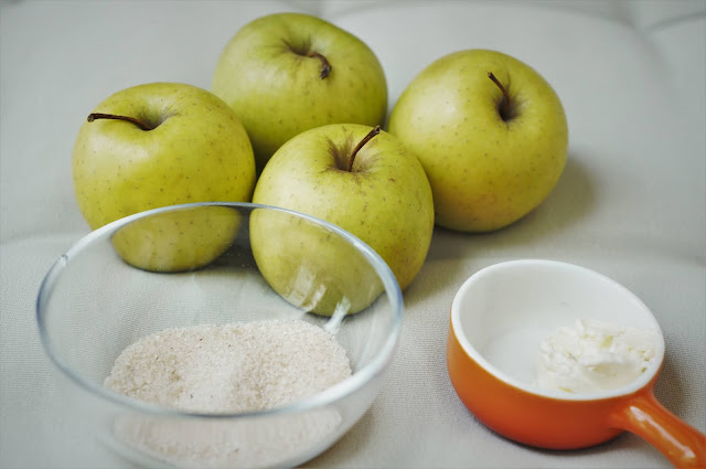 What do you need for baked apples?