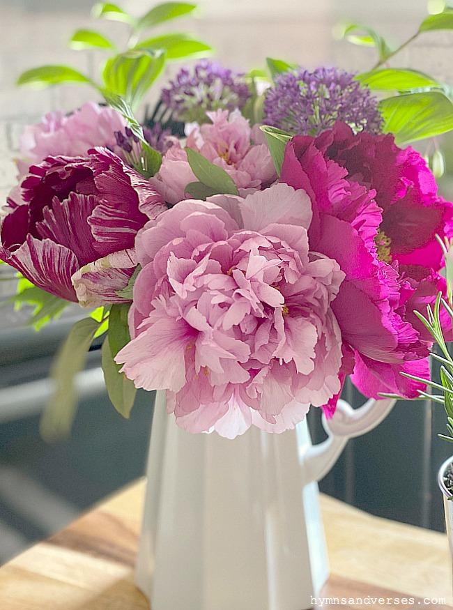 flower food - peony bouquet