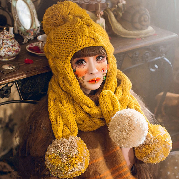 czapki fantazyjne na drutach