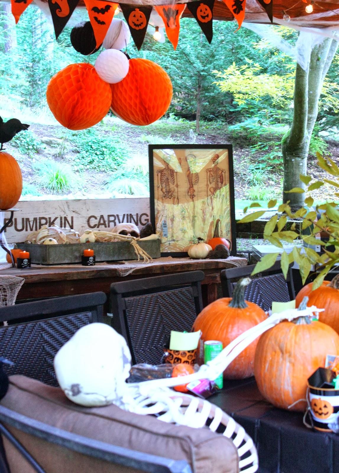 My Sweet Savannah Throw A Pumpkin Carving Party