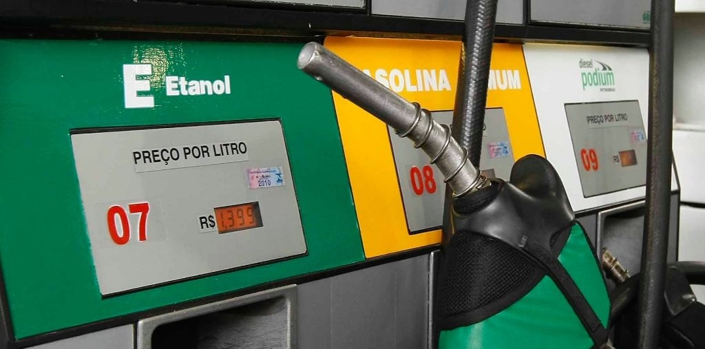 Cargar gasolina en Brasil