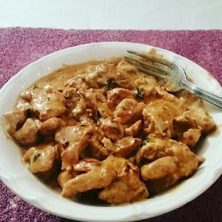 http://recettes.de/emince-de-dinde-a-la-creme-paprika