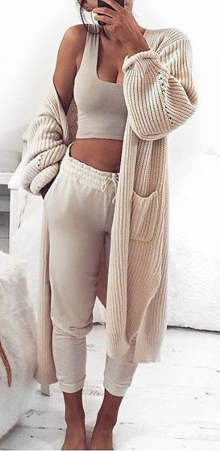 All nude everything / knit cardi + crop top + pants