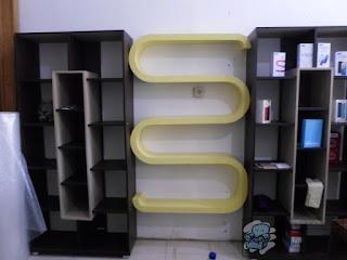 Rak Dinding Gantung Etalase HP + Furniture Semarang