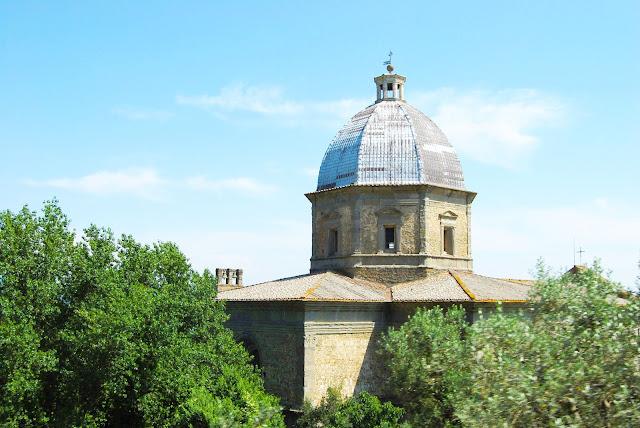 Santuario Santa Maria delle Grazie al Calcinaio en Cortona, Toscana