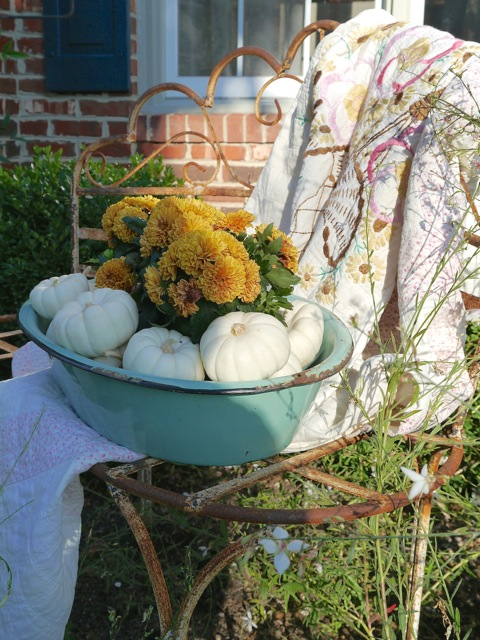 From My Front Porch To Yours- Falling For Fall Porch Party- Chateau Chic
