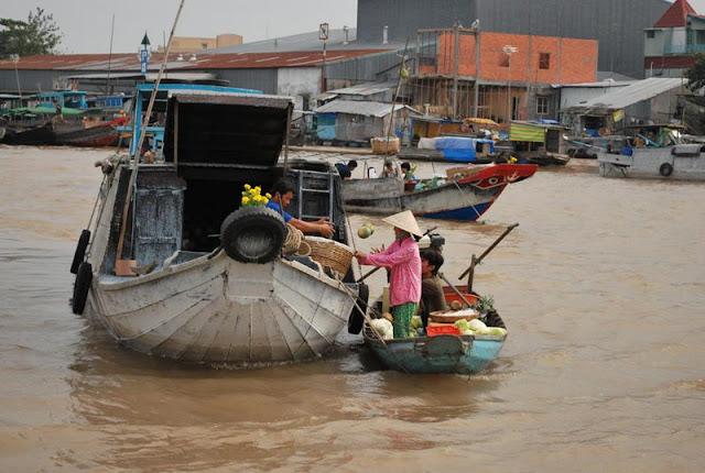 Cai Rang Floating Market, Can Tho, Mekong Delta Vietnam