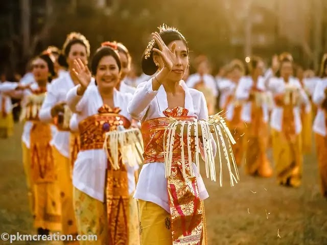 Famous Festivals around the World: जानें, दुनिया के अजब-गजब त्योहार