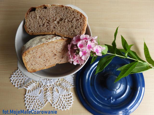 Chleb z garnka na zaczynie poolish - CZYTAJ DALEJ