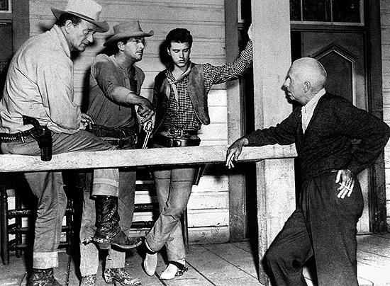 John Wayne, Dean Martin, Ricky Nelson y Howard Hawks