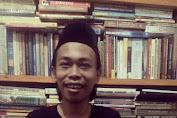 Jasa Mang Samin Antarkan Saya Akrabi Buku