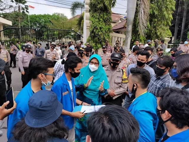 Politisi PKS Cilegon Dipercaya Dititipi Aspirasi Mahasiswa